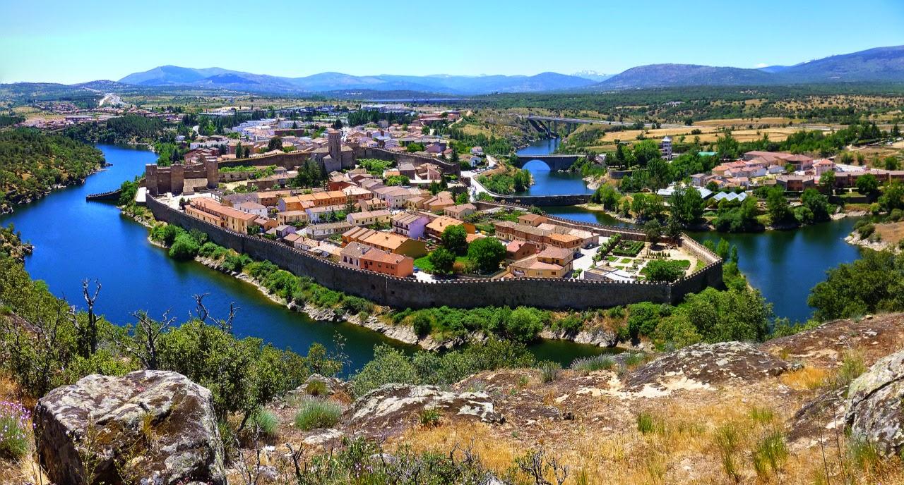 Recinto amurallado en la Sierra Norte de Madrid
