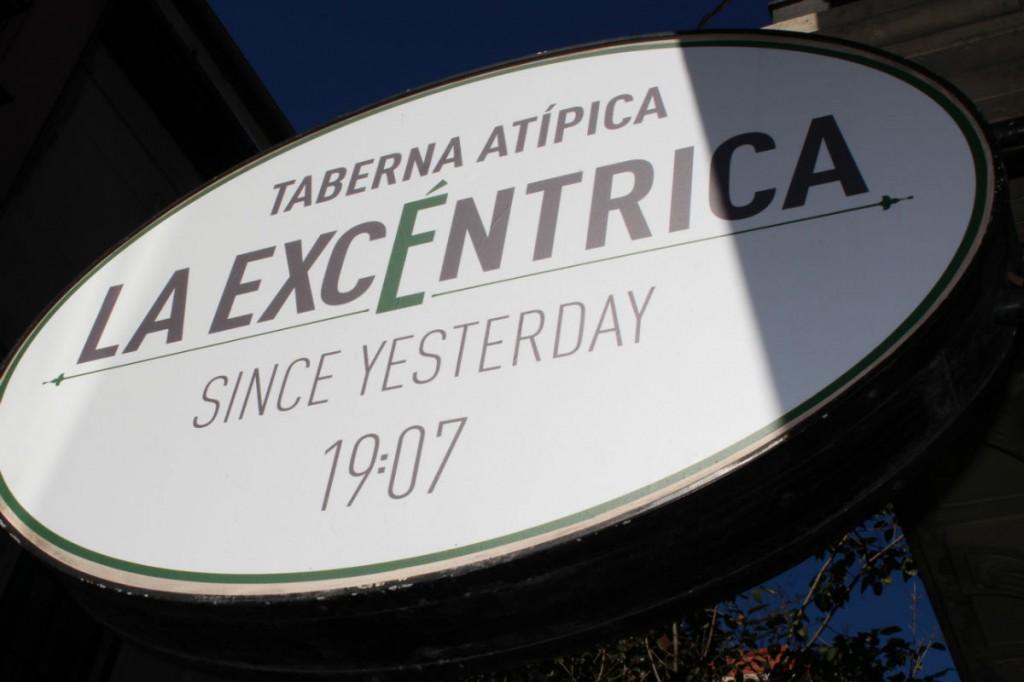 Logo la Excentrica
