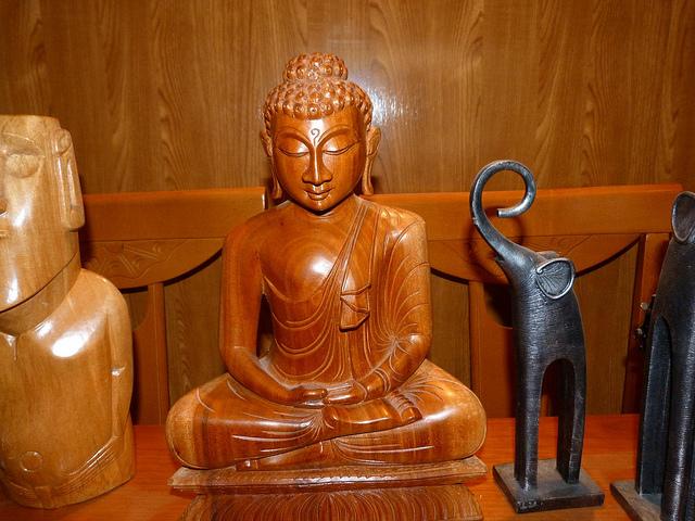 Souvenir de dioses y elefantes